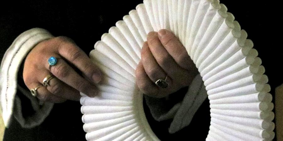 Præstekrave og hænder